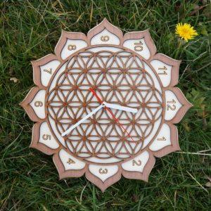 fleur-vie-bois-horloge