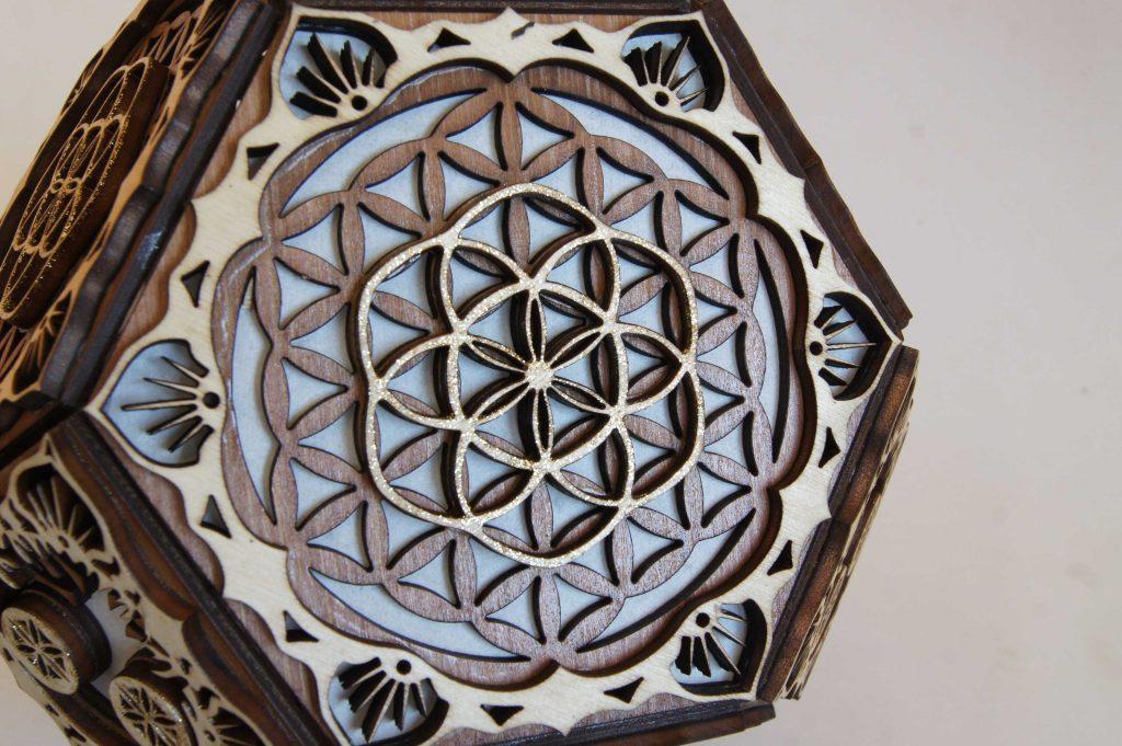 lampe-chevet-geometrie-sacree